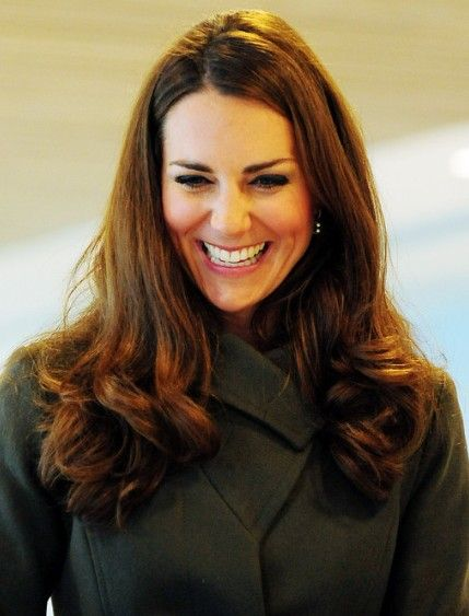 layered curly haircuts kate middleton curly hairstyles for hair 1590