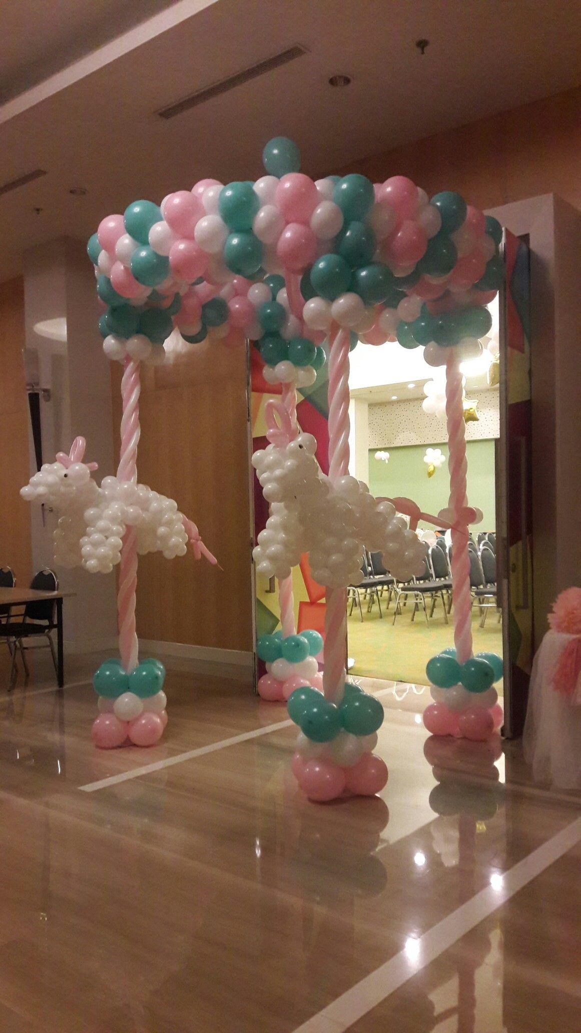 Balloon columns  Carousel gate