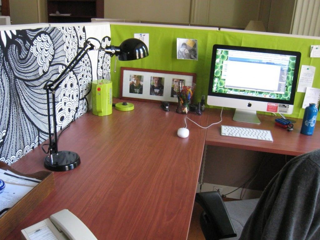 Is your office cubicle boring decor ideas pinterest for Cute cubicle ideas