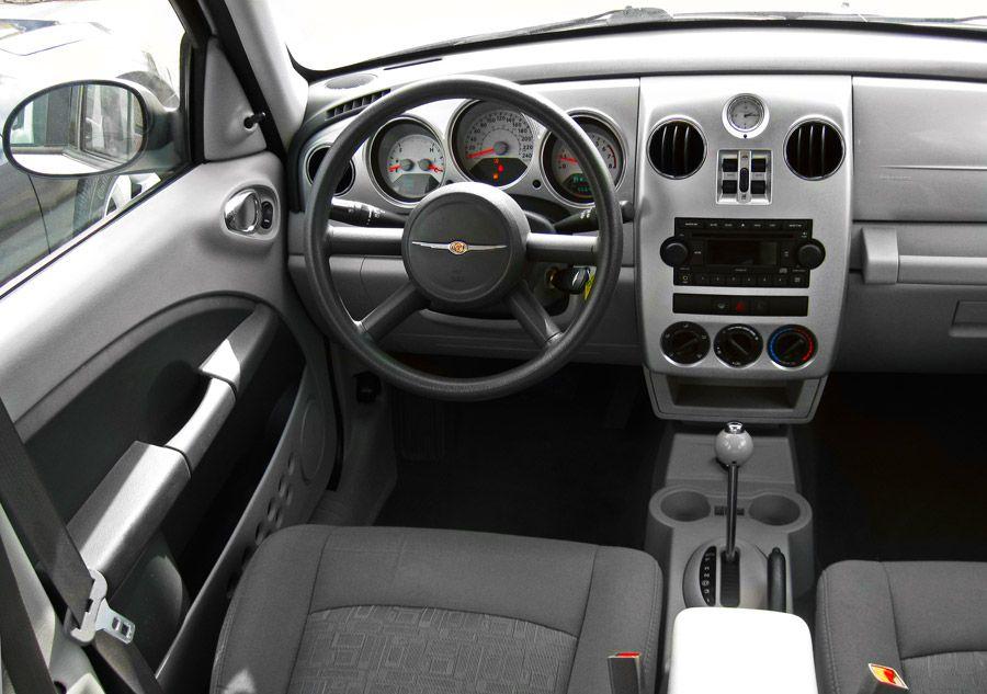 2009 chrysler pt cruiser interior ma voiture pinterest. Black Bedroom Furniture Sets. Home Design Ideas