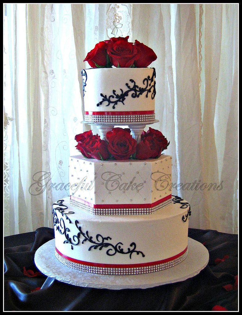 red wedding cakes with bling white wedding cake with black and bling 19175