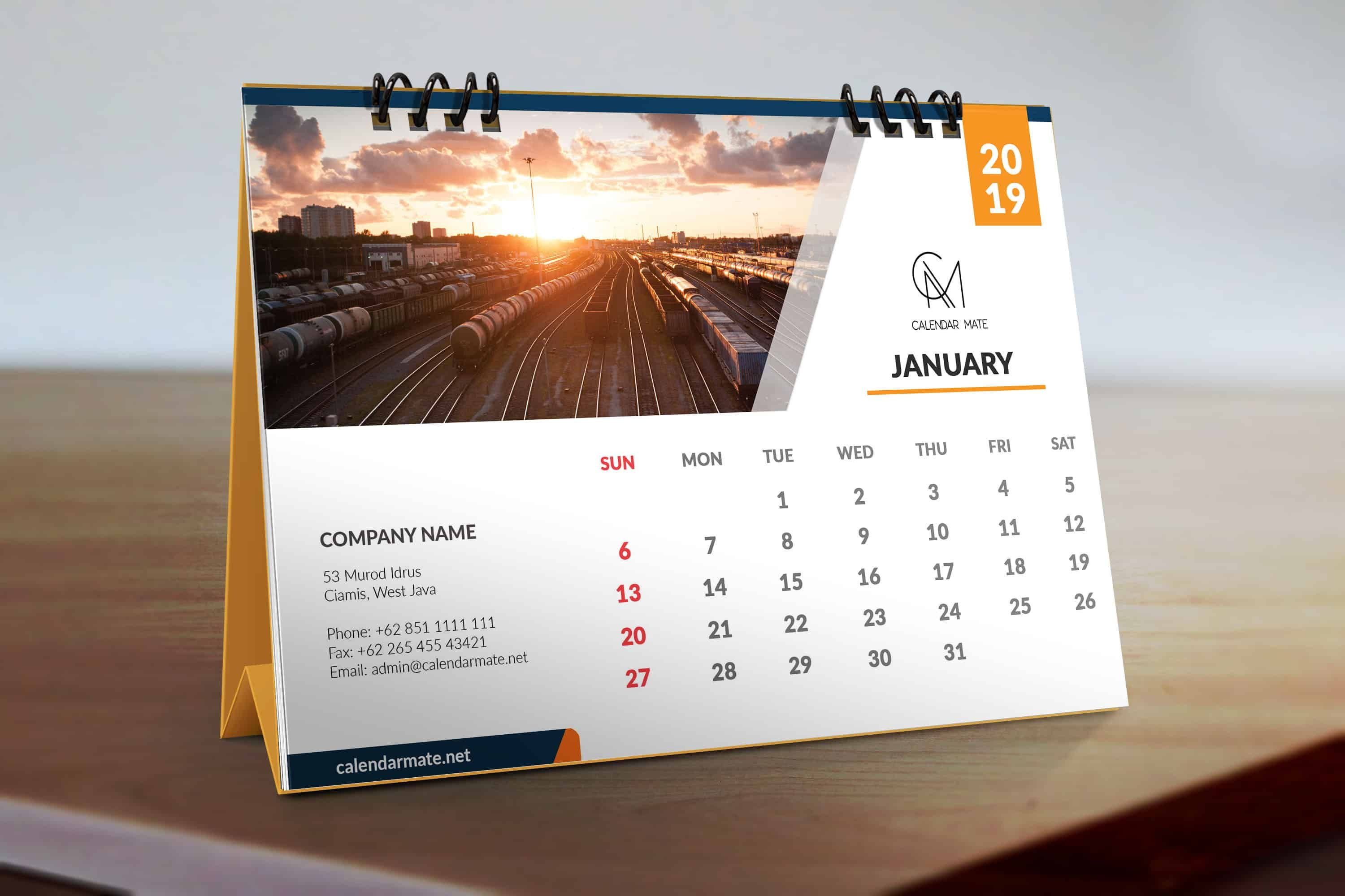 Meet Trevor A Free Simple Clean Desk Calendar Design Template 2019 For All It S All Fully Sim Desain