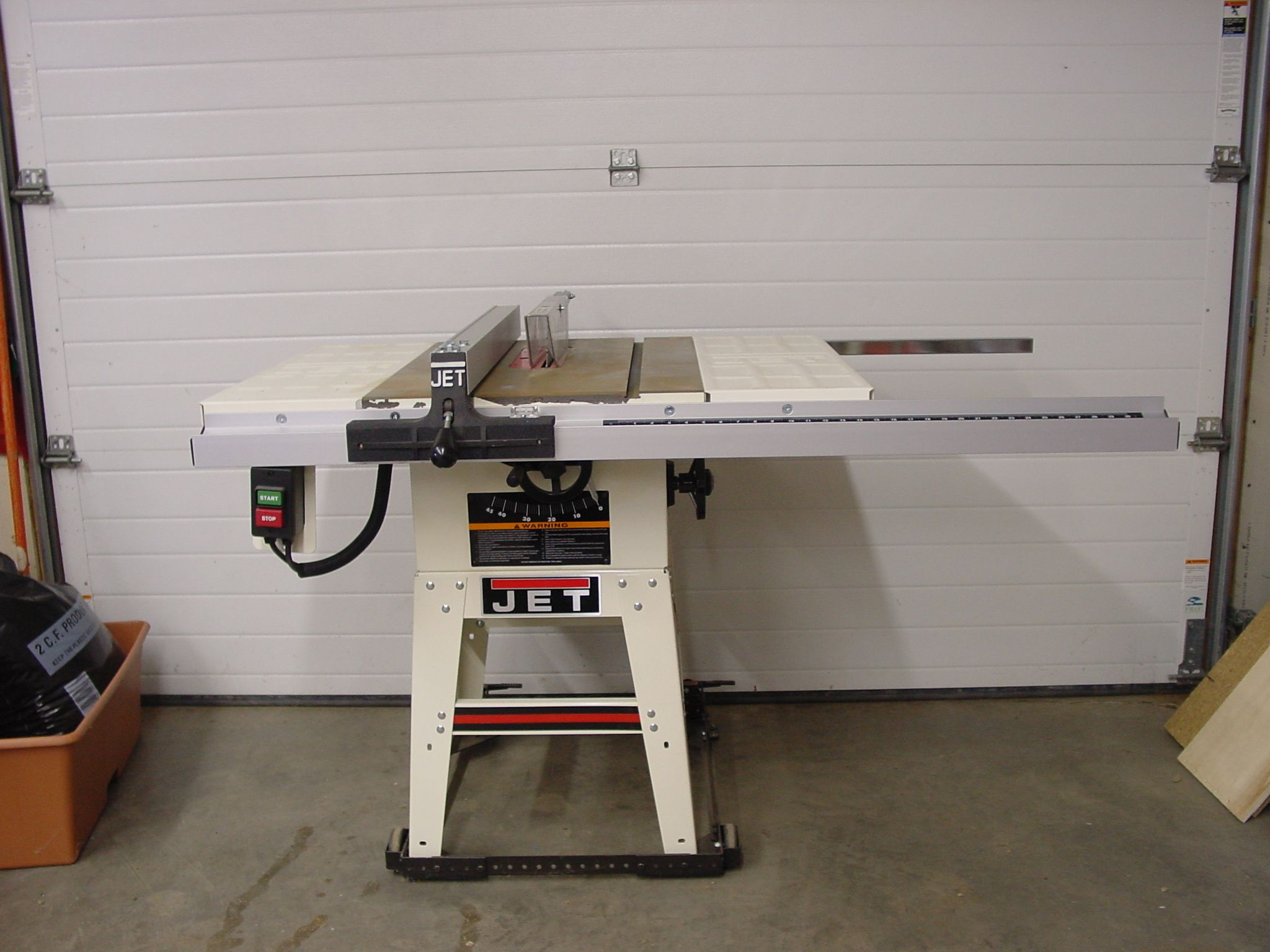 Jet JWTS 10JF Table Saw in Extra Stuff s Garage Sale in Pierre