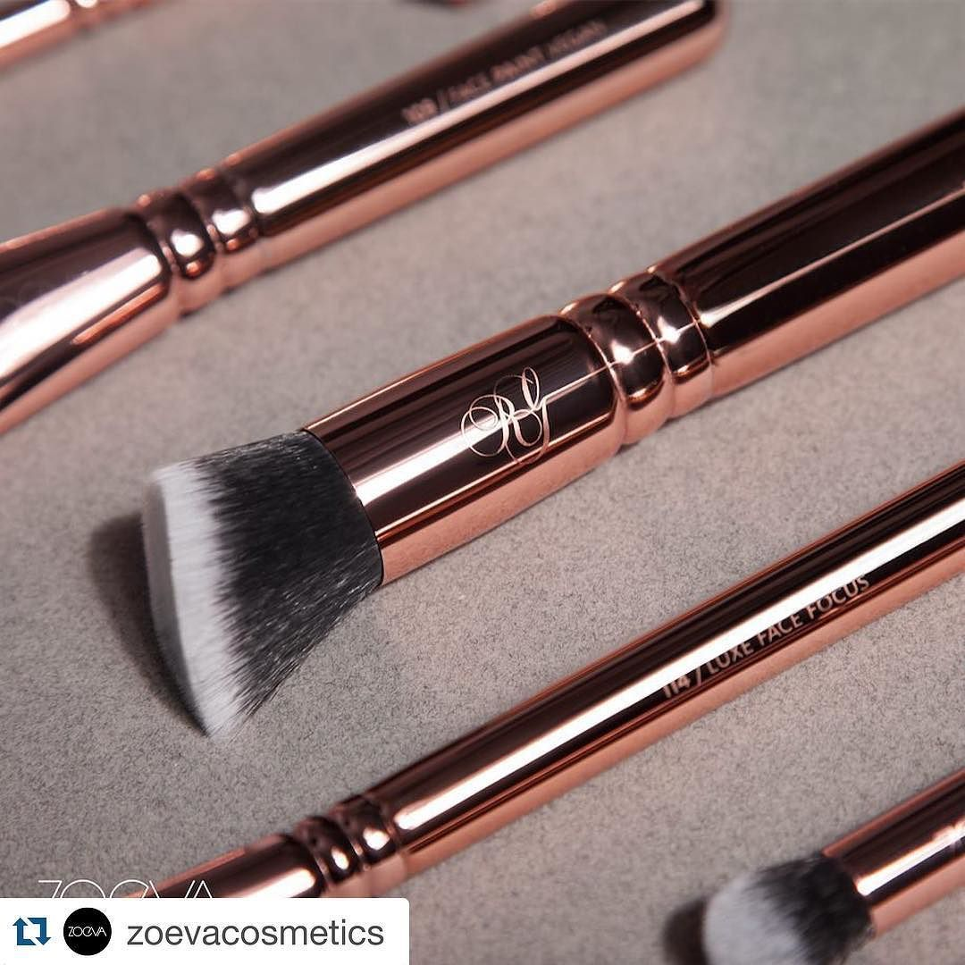 #Repost @zoevacosmetics  The Fairytale continues. Prepare to fall in love with our new Rose Golden Vol. 3 Brush Set in all its intricate detail and beauty  launching February 29th. #ZOEVA #ZOEVARoseGoldenVol3 #BrushLove by lovemakeupshop