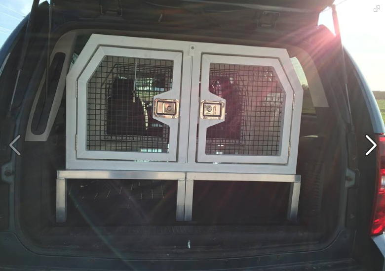 cool multidog metal crate with storage for back of SUV