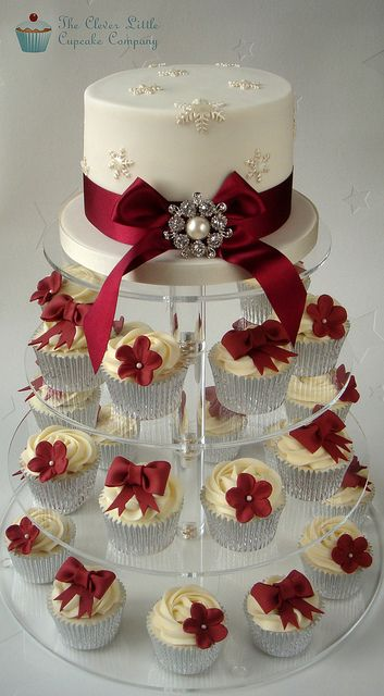 Ivory And Burgundy Wedding Cupcakes Christmas Wedding Cakes Wedding Cakes With Cupcakes Burgundy Wedding Cake