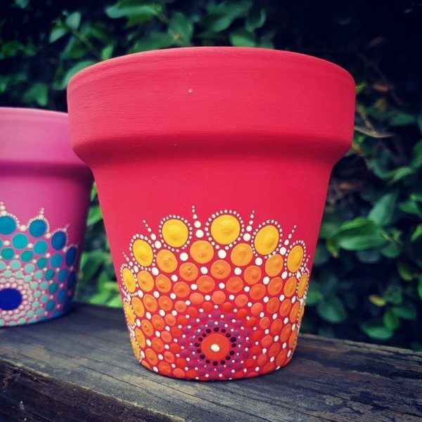 Ideas de mandalas en macetas para decorar #flowerpot