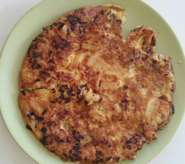 Tortilla Ui spek patat Ei knoflook paprika poeder