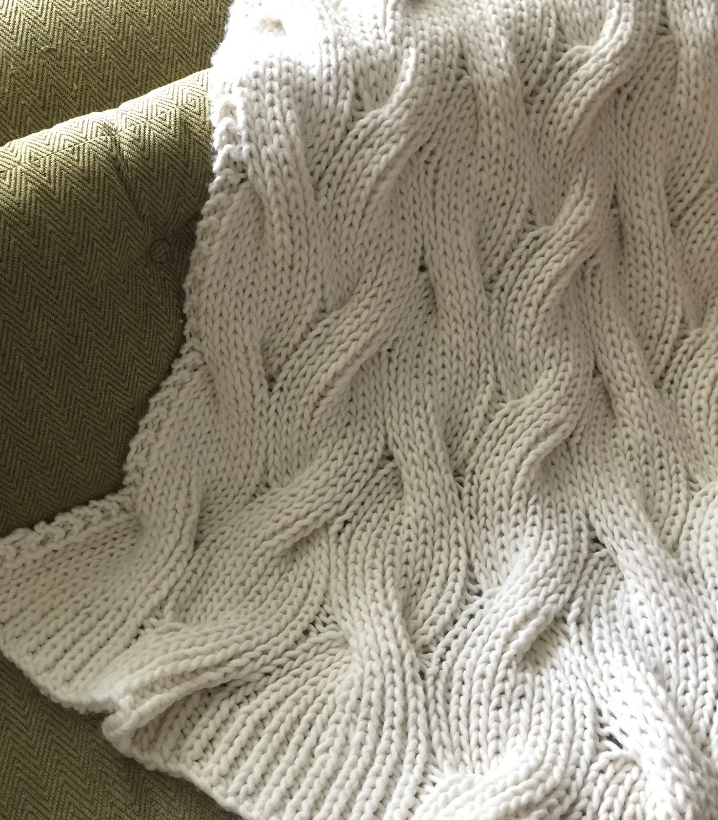 Free Knitting Pattern for Easy Reversible Moguls Blanket - Knitting ...