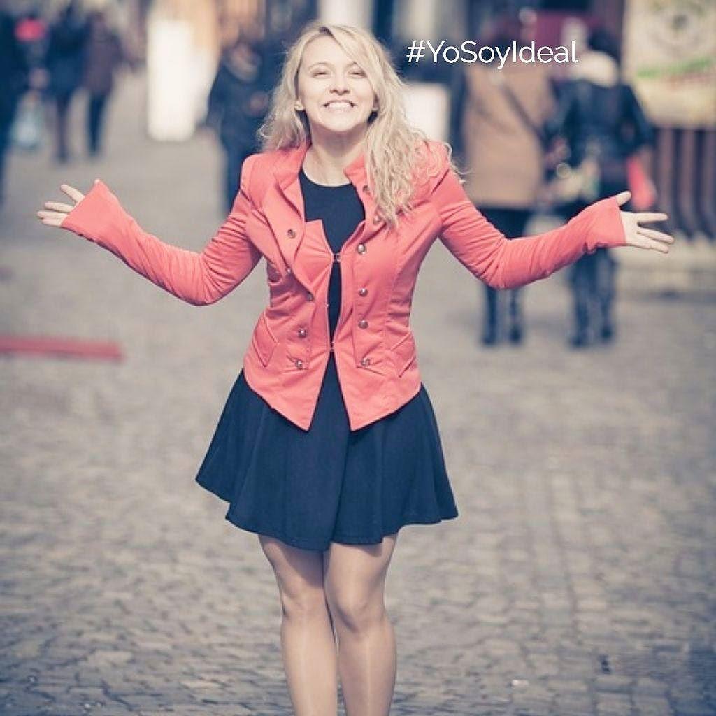 Empieza la semana. Siéntete especial y sonríe al lunes. Porque eres ideal...#yosoyideal #FFideal #friendsfluencers #beauty #belleza #instabeauty #instamoment #lifestyle #sonrie #smile
