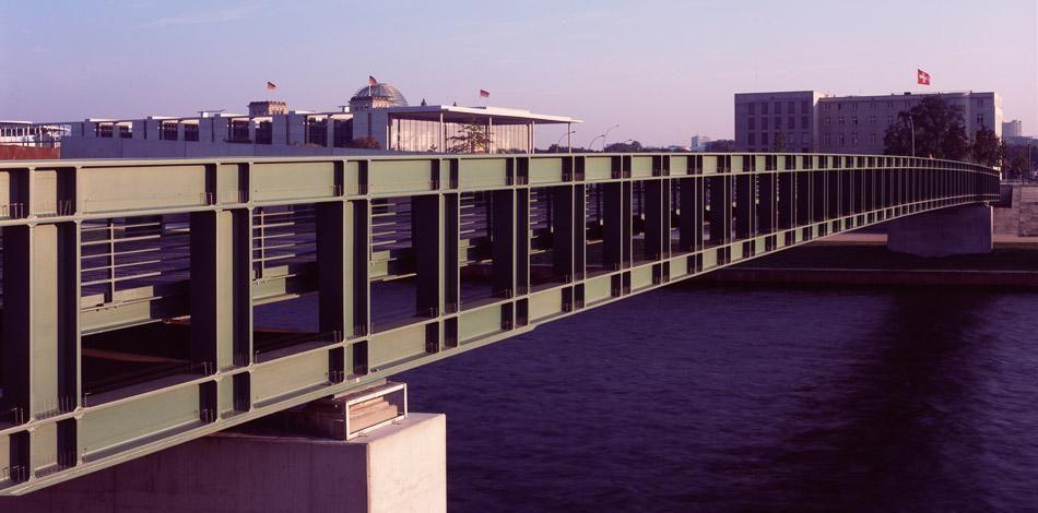 Max dudler architekt gustav h heinemann br cke berlin bridges of the world pinterest - Architekturvisualisierung berlin ...