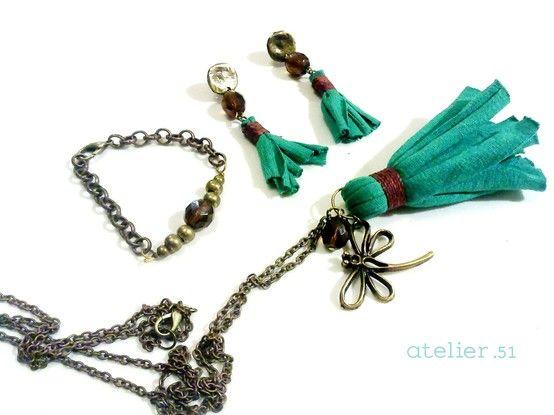 "Collar, pulsera y pendientes ""Vintage Blue"" https://www.facebook.com/atelier51.Plasencia http://www.atelier51handmade.com/"