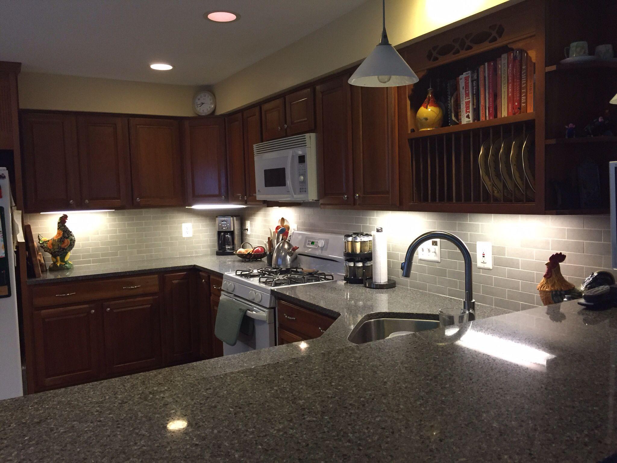 Kinsman updated kitchen Backsplash  Crossville 2x6