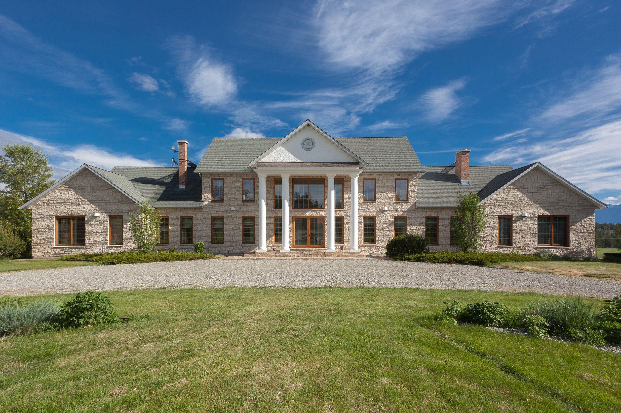 Cherry Creek Estate, Ta Ta Creek, BC | Luxury barn wedding ...