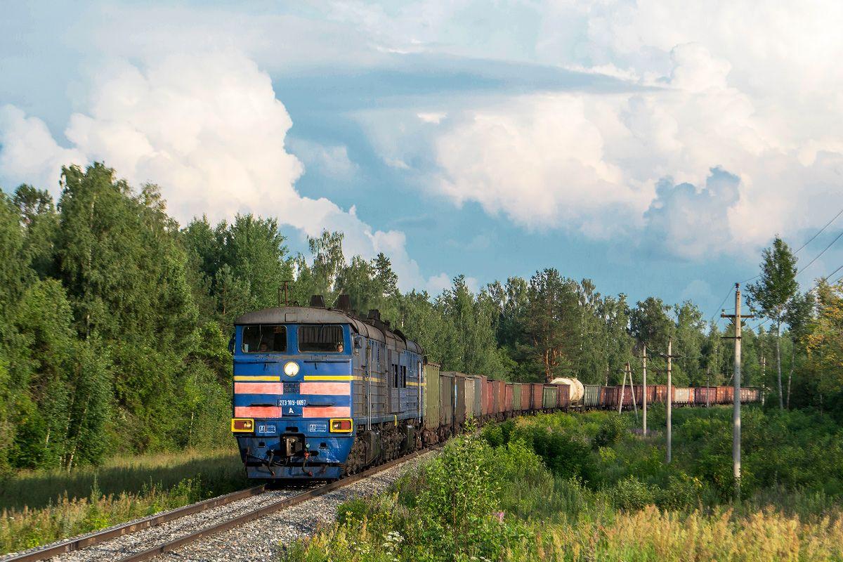 Фото: 2ТЭ10У-0097 | Поезд, Транспорт