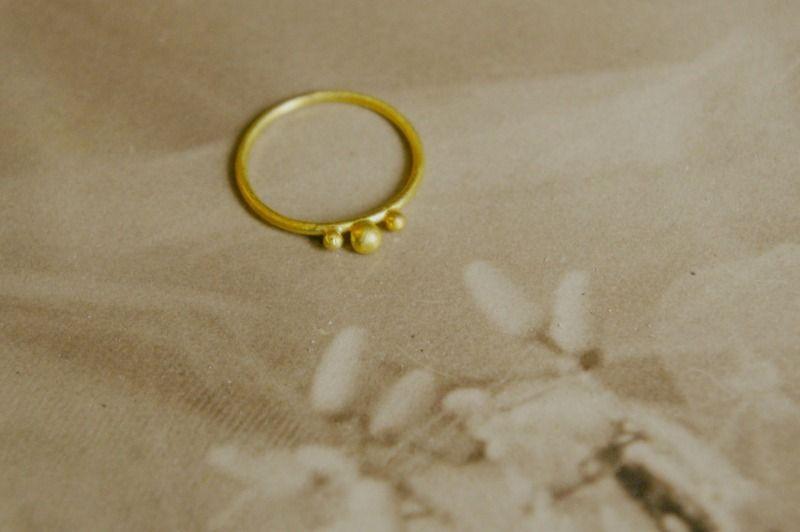 """Eheringe - Goldring 750 """"Daisy"""" - ein Designerstück von KatjaGold bei DaWanda"""