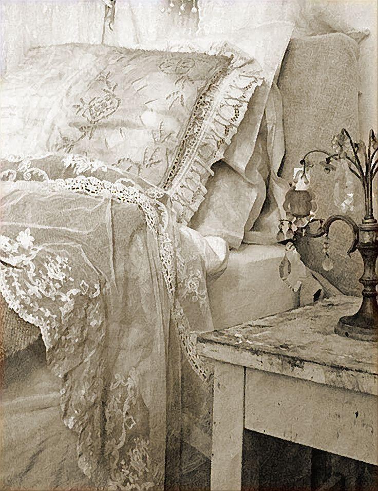 Кружевное постельное старинное белье где купить нижнее белье женское в иваново