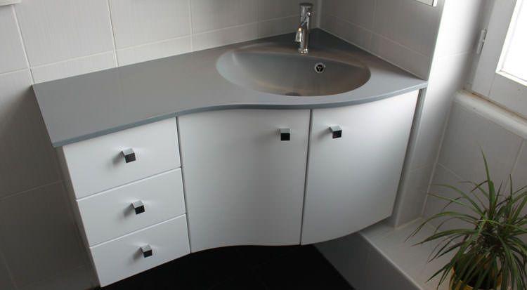 Meuble d\u0027Angle Pour une Petite salle de bain