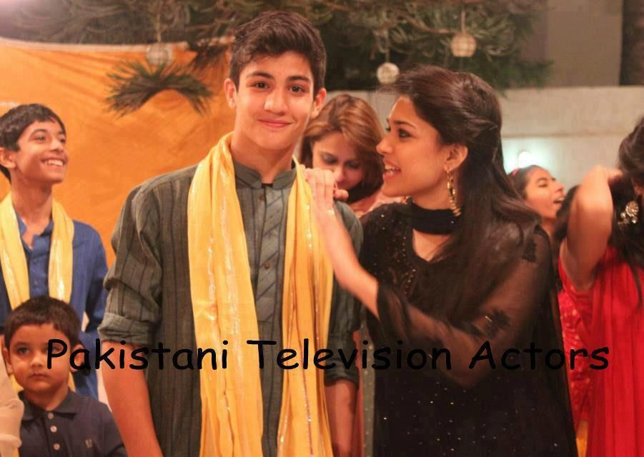Sanam Jang and her younger brother | Pakistani Celeb ...