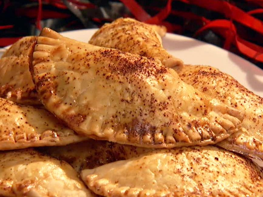 Cheesy Chicken Empanadas Recipe Cant Wait To Try These Recipes