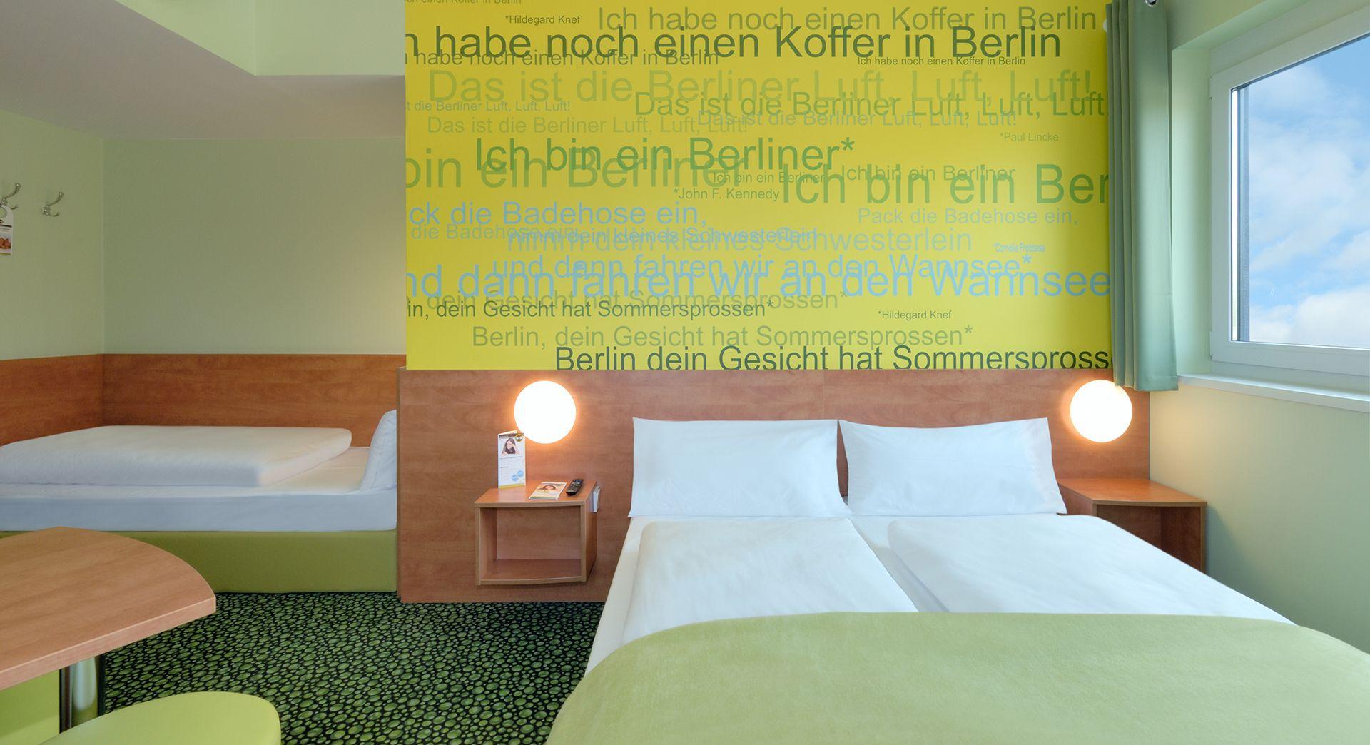 Familienzimmer für 3 Personen im B&B Hotel BerlinAirport