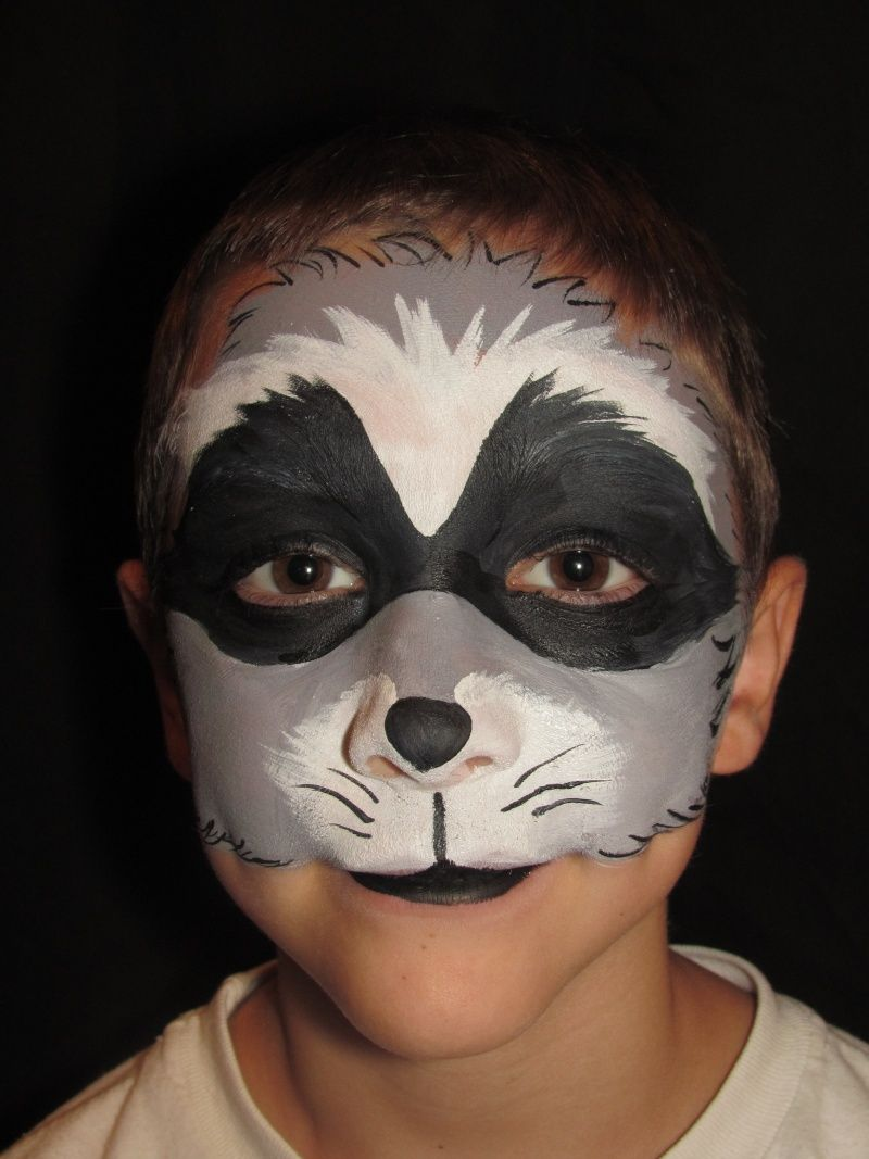 Raccoon face paint | scavvy | Pinterest | Raccoons, Face and Costumes