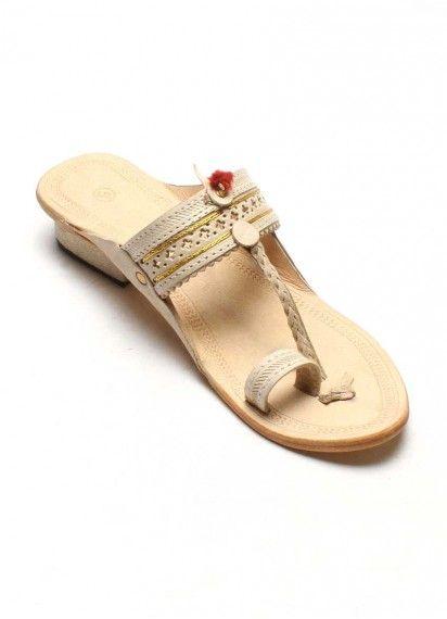 33b551370c5a4 Authentic Kolhapuri Chappal Ladies Jari Gonda | Authentic Footwear ...