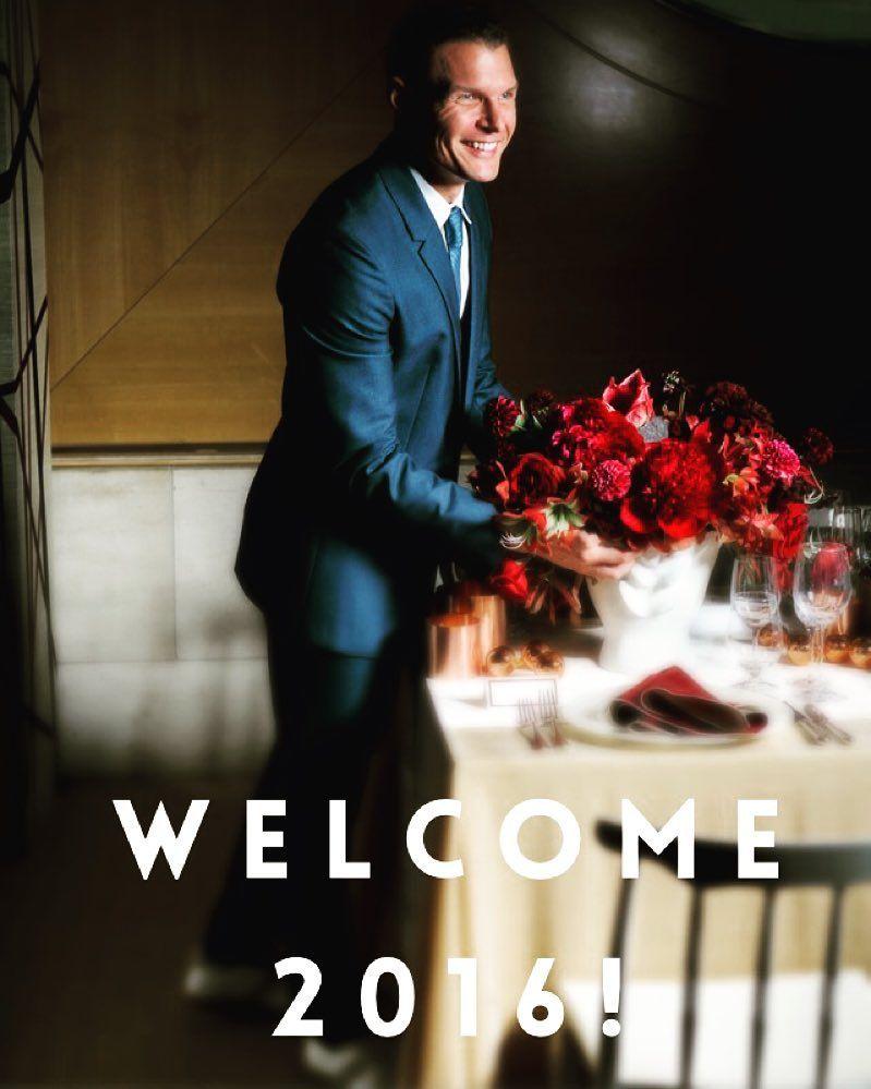 Looking forward to a New Year full of good things! Happy New Year! #flowers #happynewyear #lewismillerdesign #design #weddings #events #partydesign #newyork by lewismillerdesign