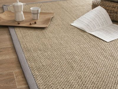 tapis sisal fibres larges avec ganse en coton millstone gris clair 140x200cm d co pinterest. Black Bedroom Furniture Sets. Home Design Ideas