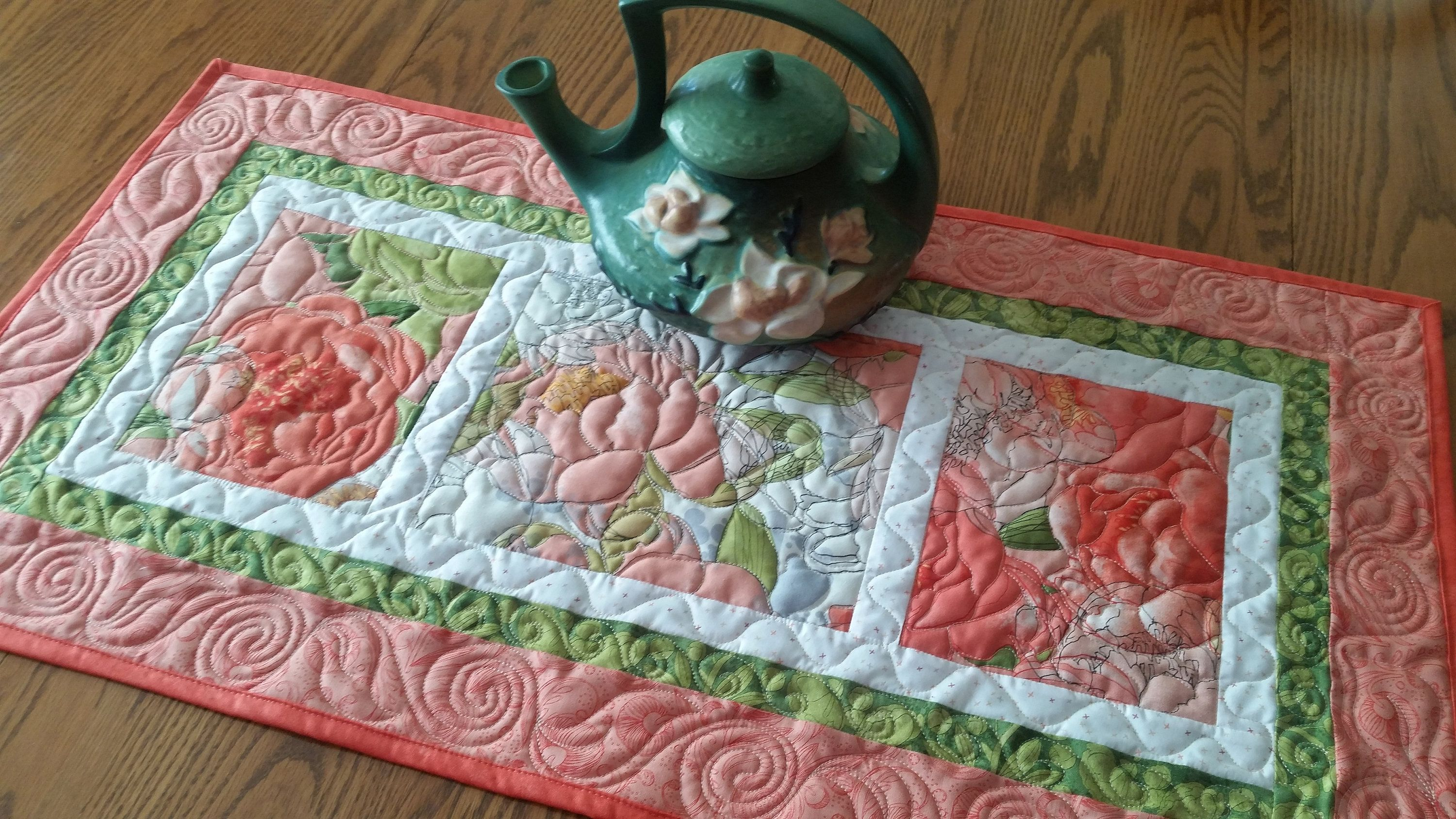 Quilted Table Runner Centerpiece Dresser Scarf Homemade Etsy Quilted Table Runner Quilts For Sale Quilted Table Runners