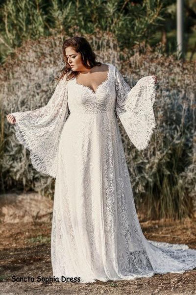 Plus Size Boho Wedding Dress Wedding Dress For Curvy Bride Plus Size Long Sleeves Bohemian Wedding Dress From Sancta Sophia In 2021 Plus Size Wedding Dresses With Sleeves Plus Wedding Dresses Affordable Wedding