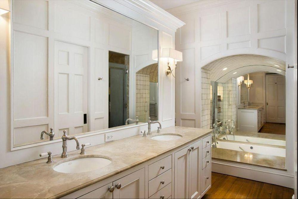 June2014-Trulia-Found-on-Trulia--A-Historic-Charleston-Single-House-Bathroom