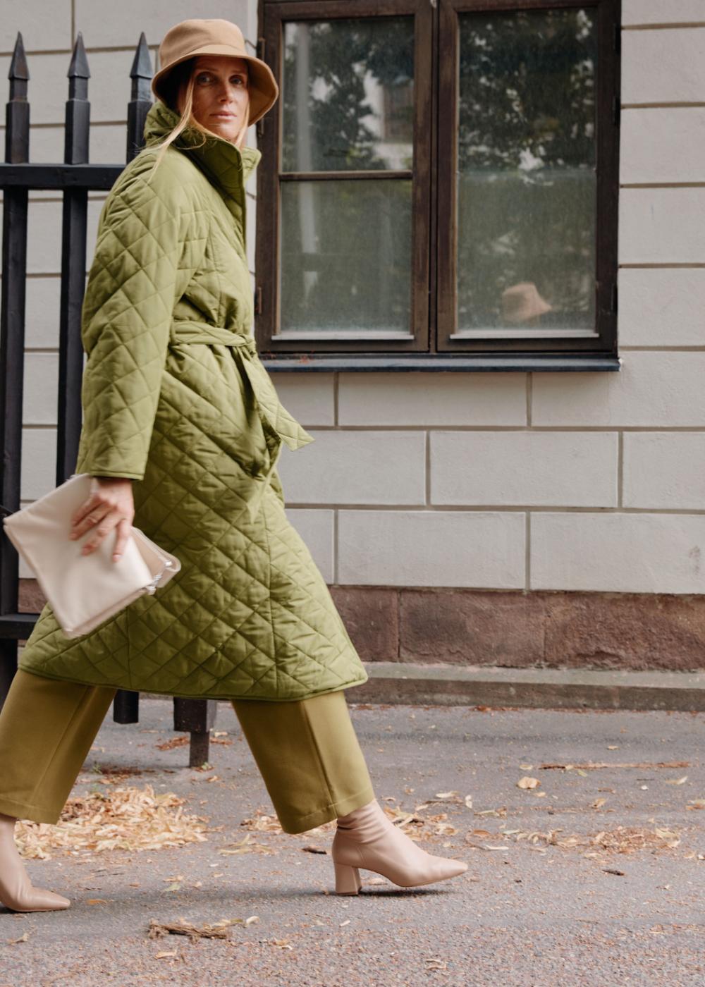 Belted Quilted Coat Quilted Coat Quilted Coat Outfit Coat [ 1400 x 1000 Pixel ]