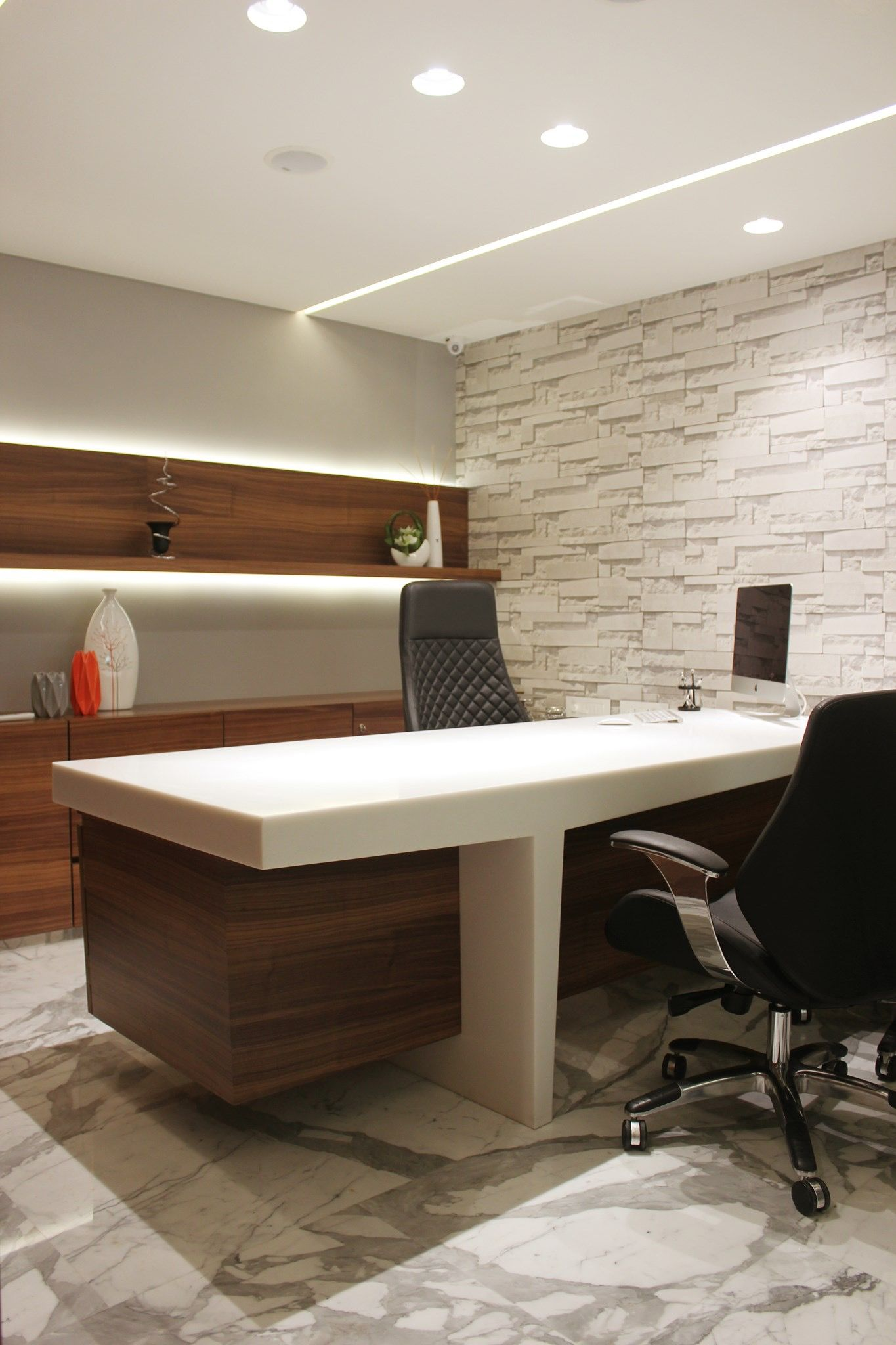 Pin By Ray On Office Space Design Office Cabin Design Office Ceiling Design Office Interior Design