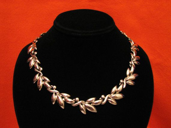 Vintage Heavy Silver Tone Leaf Link Choker Necklace by ditbge, $24.00