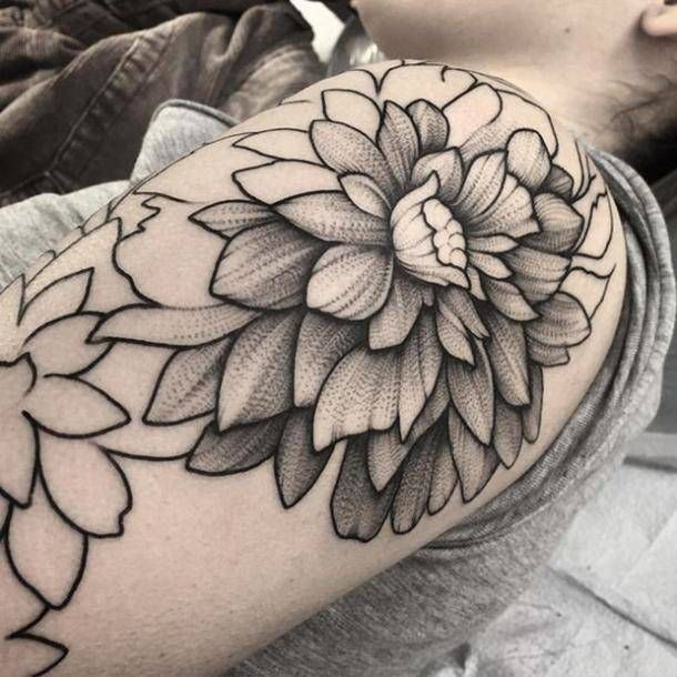 50 Insanely Detailed Dotwork Tattoos That Will Make You Want One (Like, Now.)