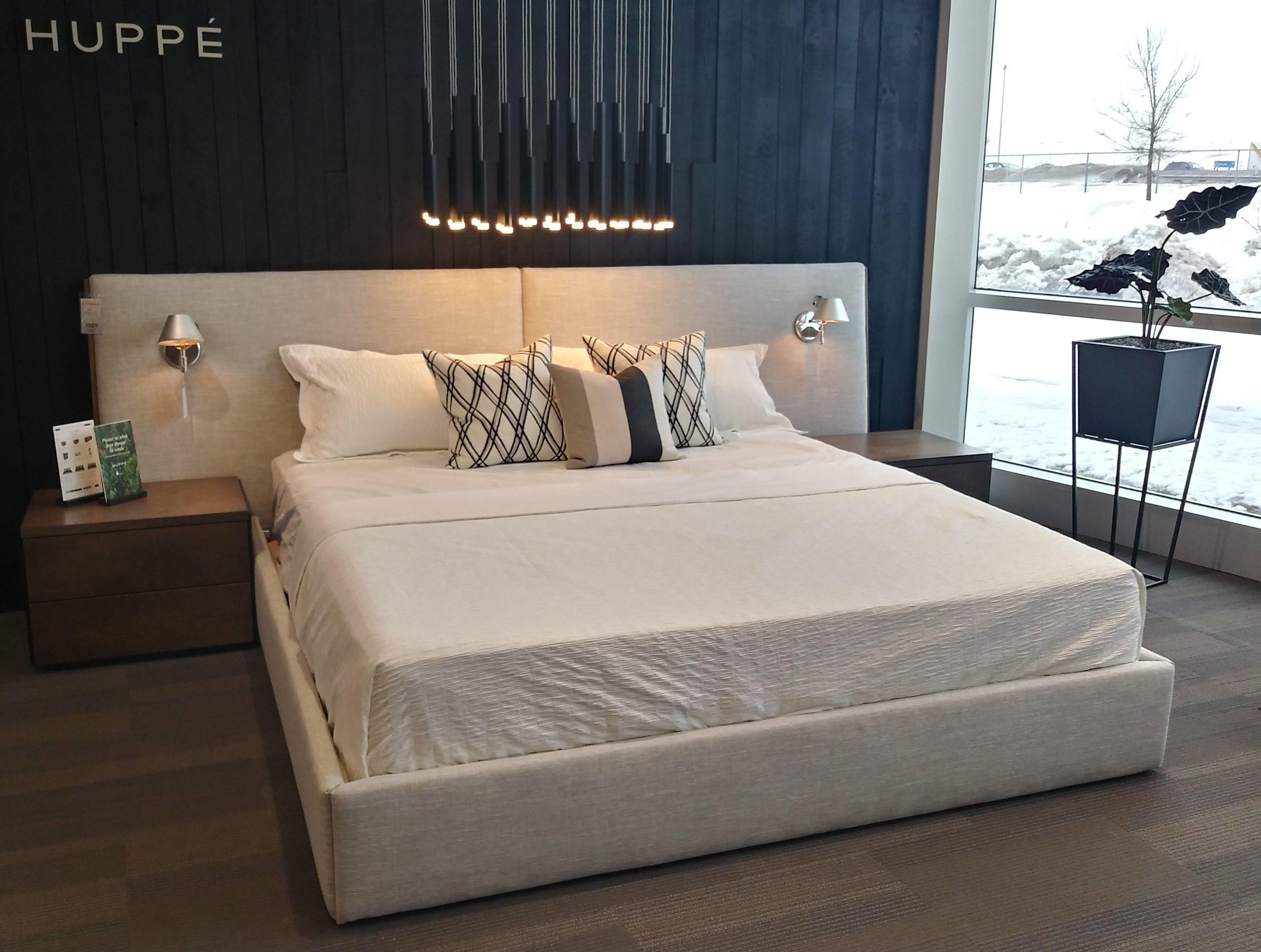 Lit Rembourre De La Collection Soreno Fabrique Par Huppe Une Compagnie Fierement Canadienne Home Bed Furniture