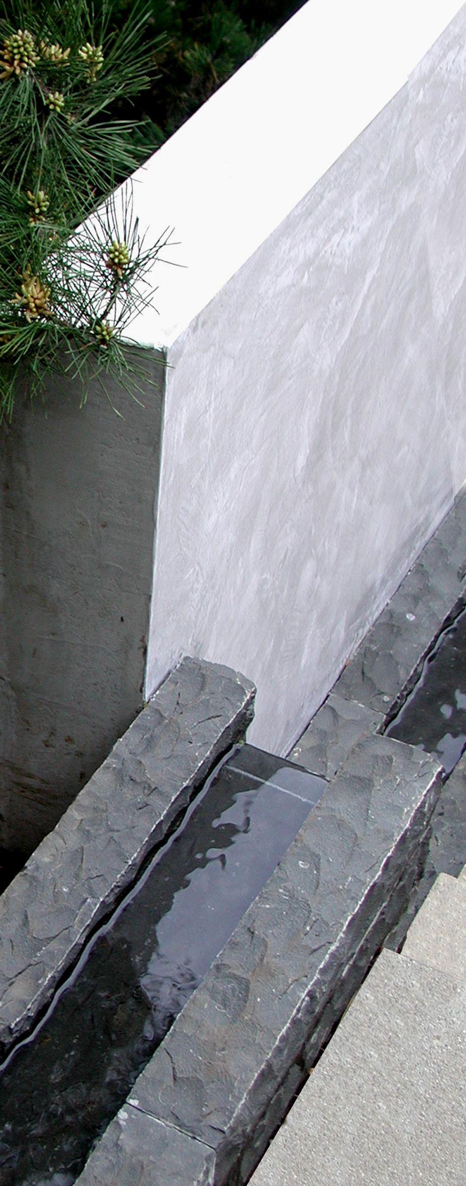 Stromend water_natuursteen