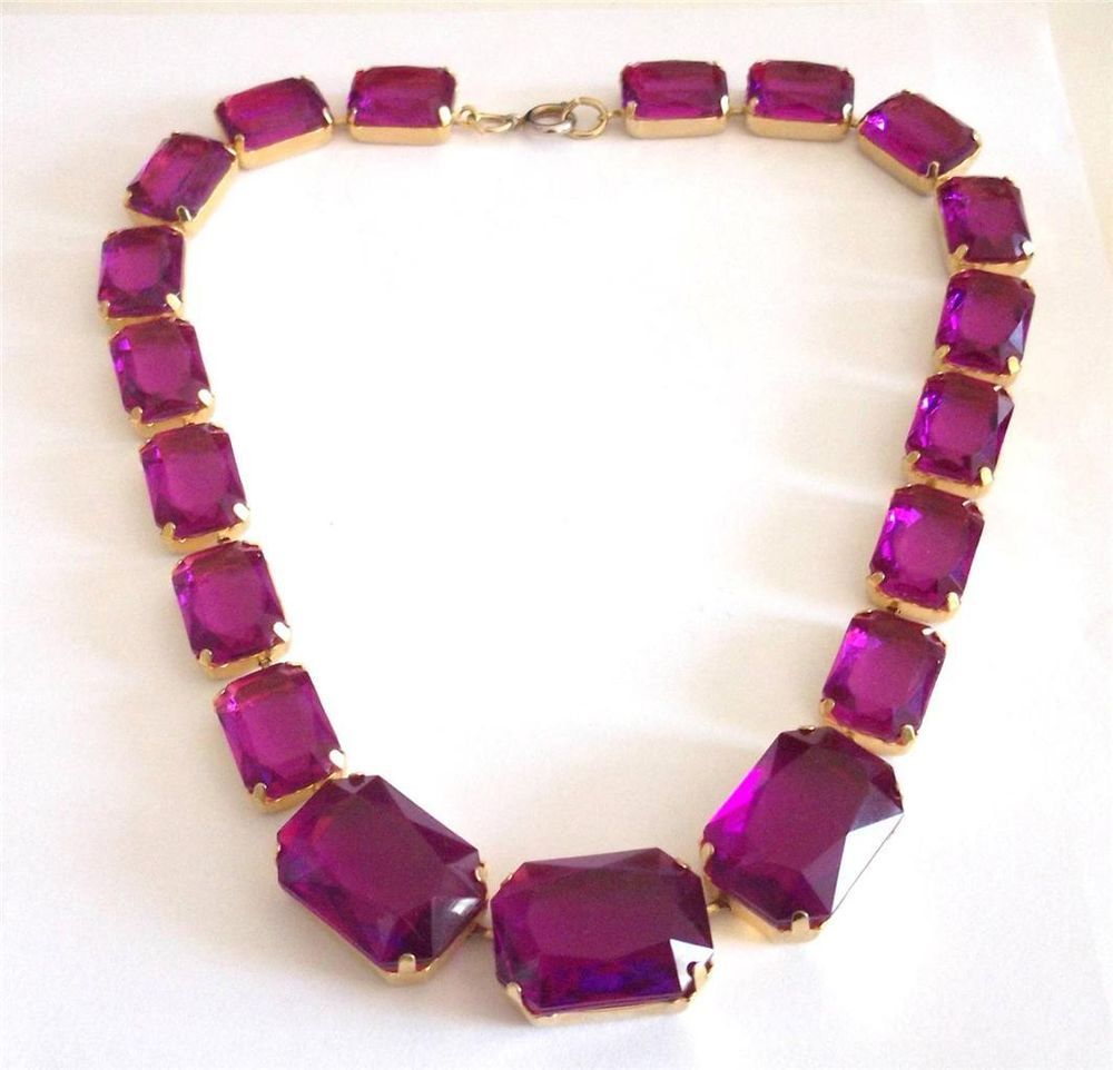 VINTAGE 80 S GOLD TONE PURPLE FACETED LUCITE CRYSTAL STATEMENT COLLAR NECKLACE