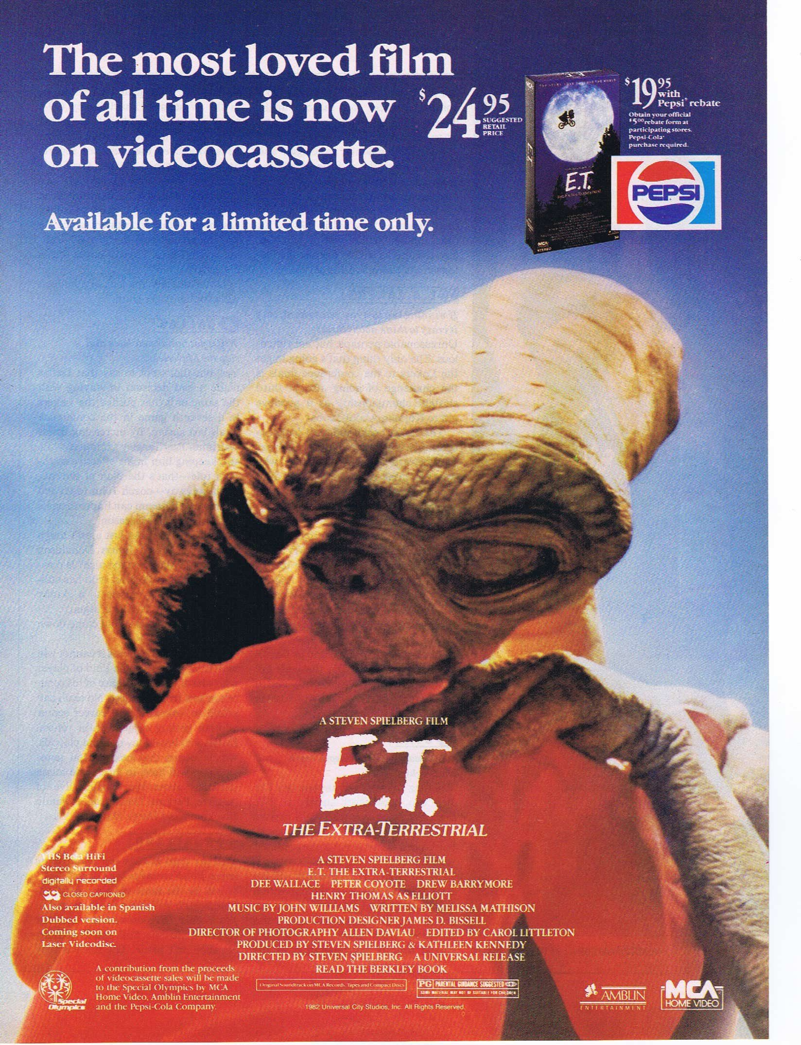 E T The Extra Terrestrial 1982 Original Movie Ad With Wonderful And Moving Photo Family Movies Extra Terrestrial Original Movie