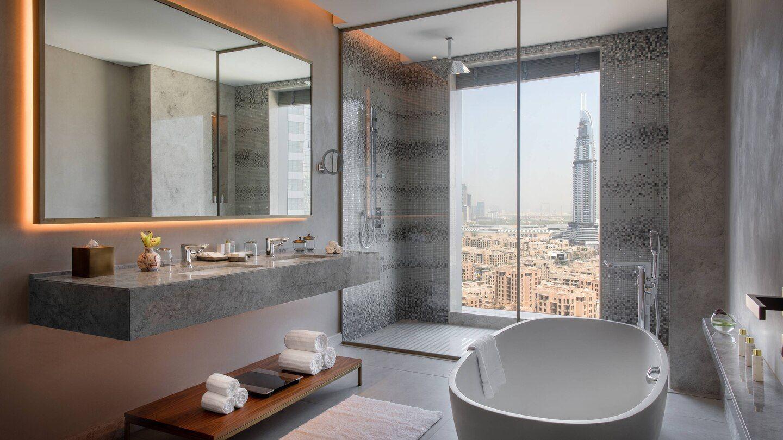 Luxury 5 Star Hotel In Downtown Dubai Renaissance Downtown Hotel Dubai Small Bathroom Renovations Elegant Bathroom Bathroom Remodel Master