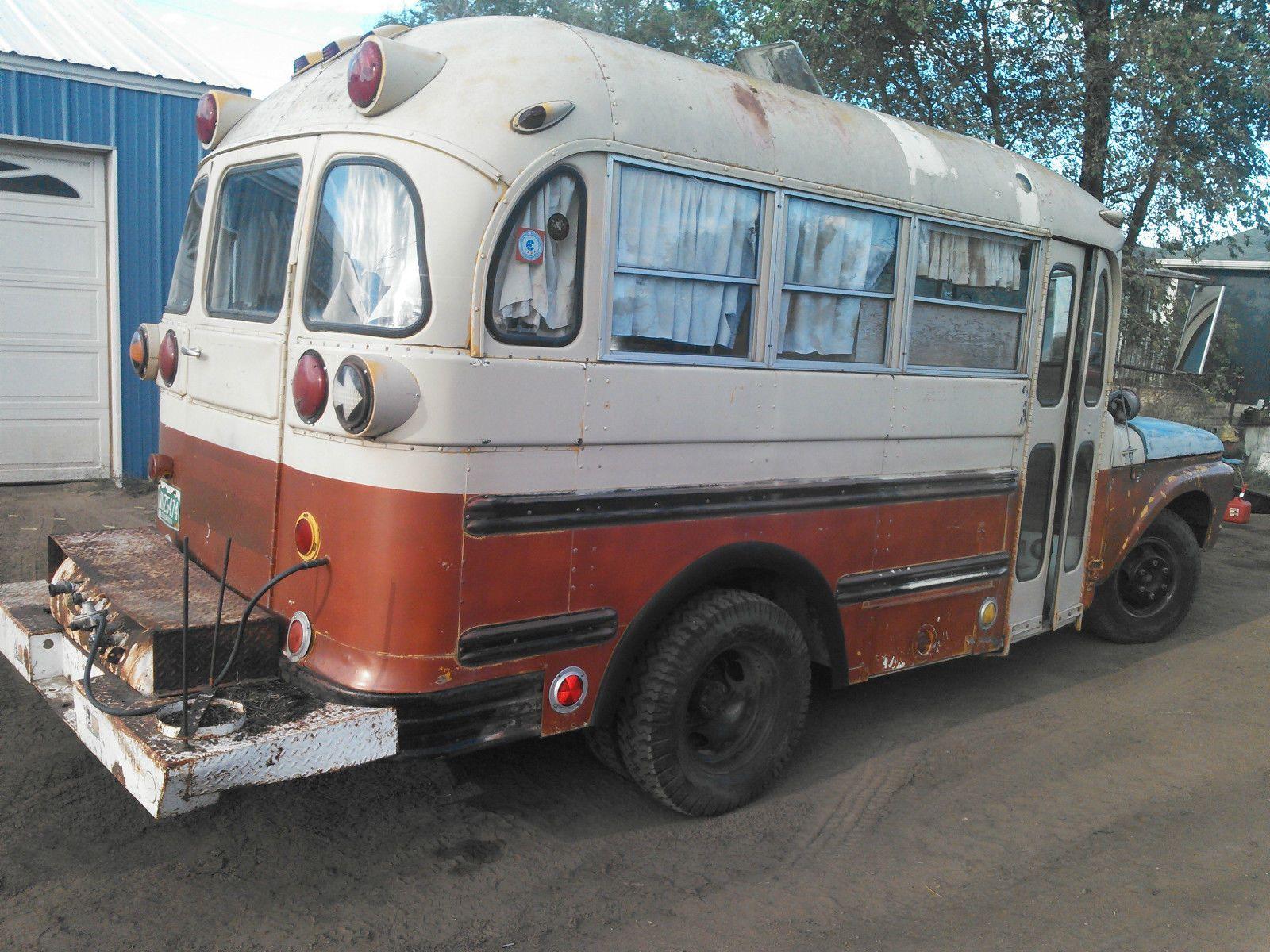 ford f 350 short school bus camper school bus camper. Black Bedroom Furniture Sets. Home Design Ideas