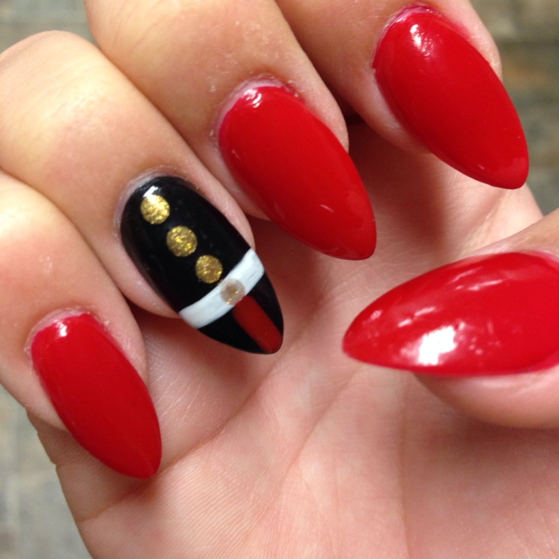 Marine Corps Ball Nails #nailart #nails #almond #usmc #marines ...