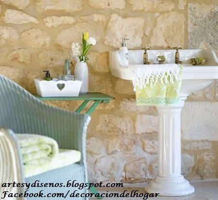 Paredes y pisos de piedra para ba os by artesydisenos for Pisos y paredes para banos pequenos