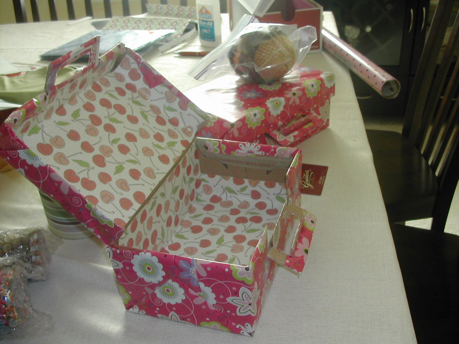 Recycled  shoebox into a giftbox