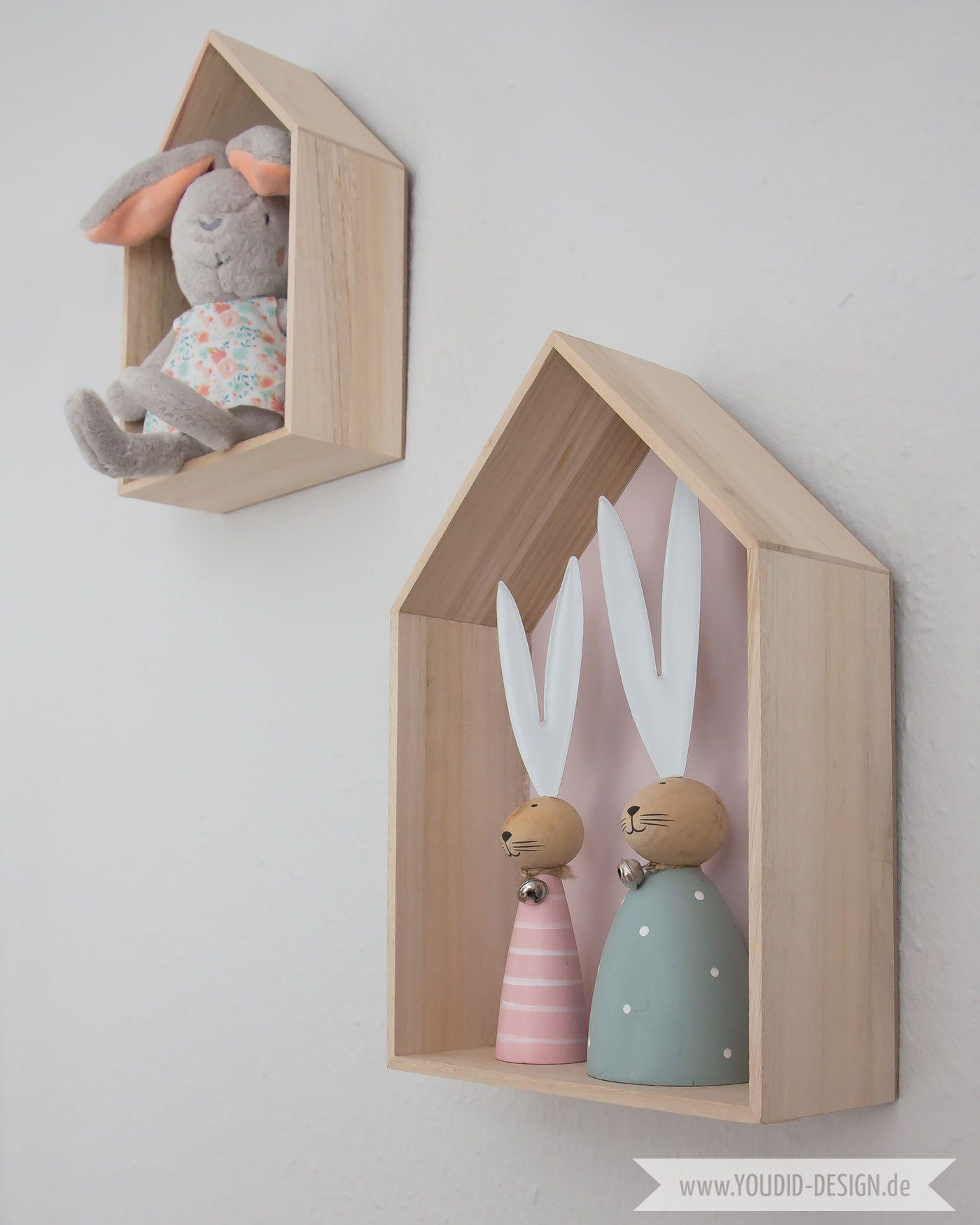 Ein Skandinavisches Kinderzimmer Und Ein Wickelaufsatz Fur