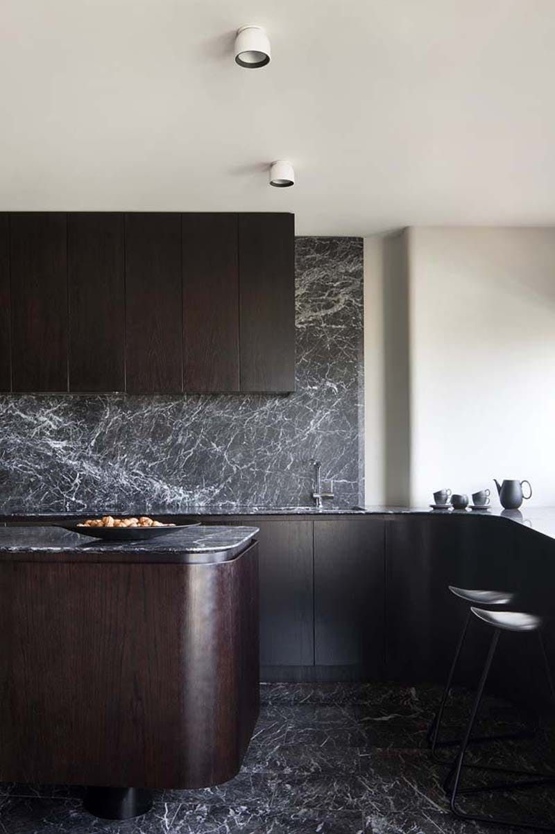 Innenarchitektur für küchenschrank kitchen design black marble is the new white marble  kitchen