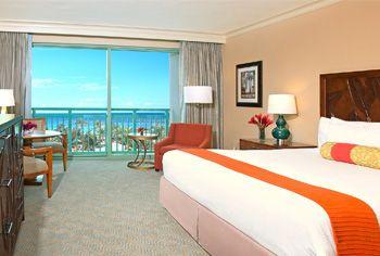Royal Towers Bahamas Rooms Suites Atlantis Paradise Island Resort Beautiful Hotels Hotel Inspiration Dream Hotels