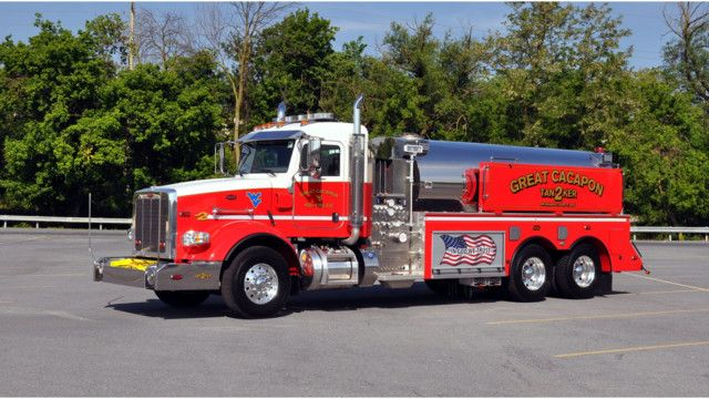 3 000 Gallon Tanker Built On A Peterbilt Delivered To Great