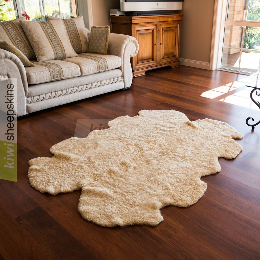 Naturally Curly Short Wool Sheepskin Rugs Made From Specially Chosen Breeds Of New Zealand Sheep